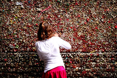 Wall of Gum (Quixotic Pixels) Tags: girl wall gum pikeplacemarket postalley ewwww top20seattle utataspeaks6 utataviewerschoice seattleeveryday