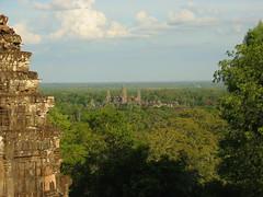 Angkor Wat seen from Phnom Bakheng (Robert Nyman) Tags: world travel 2002 cambodia flickr round angkor roundtheworld robertnyman