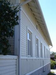 Iisalmi, Finland: a traditional 19th c. wooden house (Anna Amnell) Tags: finland arkkitehtuuri woodenhouses iisalmi puutalot vanhojapuutalojaiisalmessa