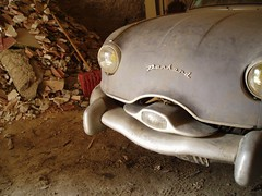 Panhard Dyna Z barn find - in blue (daviddb) Tags: barn zee snap z dust zed trouver panhard snapped dyna pcar dynaz