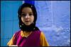 ets com un petit angelet (Sergi Bernal) Tags: republica del hijab morocco blau niñas marruecos marroc rif nens angelitos nenes chauen parets xauen noies blackribbonicon angelets