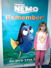 Giant Dory! (WooDrew) Tags: 2005 2004 giant poster big rachel dory findingnemo