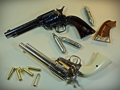 Umarex – Full Metal – Colt SAA Peacemaker - BB CO2 Pistol – Nickel & Blued Version – Setting Up (My Toy Museum) Tags: umarex metal pistol gun airgun bb nickel blued colt single action army peacemaker