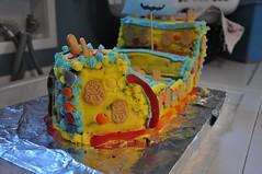 A Minion-Pirateship Cake (-sim-) Tags: cake minions adrianturns5 adrianbirthday2015