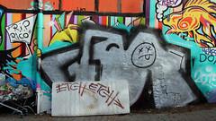Fr. Etch. (universaldilletant) Tags: streetart graffiti frankfurt rip tags rico fr etch matratze