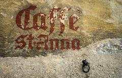 Vergnglichkeit [Explored] (fotomanni.de) Tags: italien food alt kaffee struktur ring mauer sdtirol vergangen