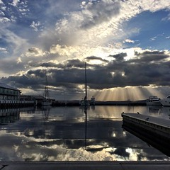 Early morning Hobart sunbeams