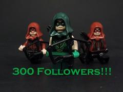300 Followers (MrKjito) Tags: lego minifig green arrow red arsenal speedy 300 followers flickr super hero dc comics comic milestone