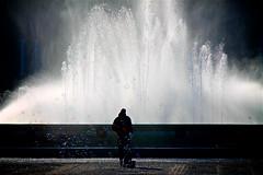 Bubbles and water (Rosetta Bonatti (RosLol)) Tags: andalusia roslol sevilla seville siviglia spagna spain piazzadispagna man uomo candid streetphotography street fountain fontana acqua water silhouette bubble soap bolle sapone españa plazadeespaña