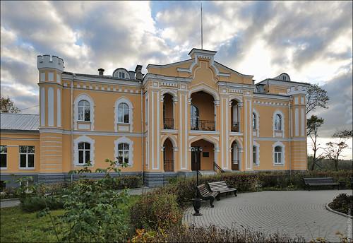 Прилуки, Беларусь, дворец Чапского