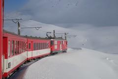 MGB - Oberalp Pass (Kecko) Tags: 2017 kecko switzerland swiss schweiz suisse svizzera innerschweiz zentralschweiz uri oberalp pass oberalppass matterhorngotthardbahn railway railroad mgb deh44 eisenbahn zug train bahn schnee snow winter berge mountain swissphoto geotagged geo:lat=46657570 geo:lon=8649360