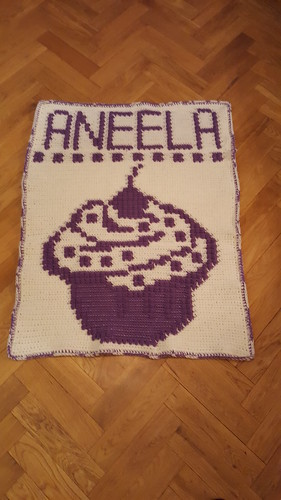 Cupcake blanket for Aneela