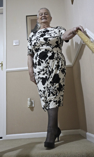 Frocks on the stairs 86/1.