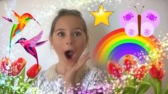 Make the World more colorful.... (Isa****) Tags: enfant child fillette girl couleurs colors crazytuesdaytheme maketheworldmorecolorful 7dwf rainbows smileonsunday