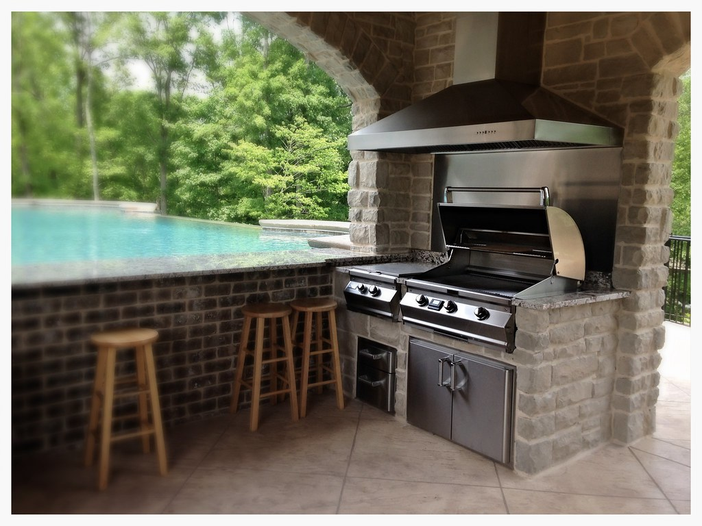 Custom Outdoor Kitchen. Fire Magic A660i, power burner, and storage. Dayton, Tn.