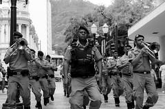SubTen. Leopoldino (joao_brando) Tags: street brazil people bw minasgerais brasil 35mm pessoas nikon br pb mg nikkor juizdefora howdystranger 18g flickrphotowalk d5100 olaestranho