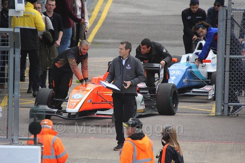 Harrison Scott's AVF car heads to the grid for the first Renault 2.0 race at Silverstone 2015