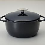 鋳物ホーロー鍋の写真