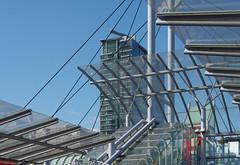 IMGP0523 (mattbuck4950) Tags: england london europe unitedkingdom september canarywharf railways docklandslightrailway 2015 poplardlrstation londonboroughoftowerhamlets 1westindiaquay lenssigma18250mm camerapentaxk50