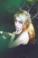 Entropy (Miguel-Lugo) Tags: green girl beautiful beauty entropy dead photography death eyes hands nikon long sad photoshoot fineart fine wide longhair brooke inside lonely nikkor inspire badgirl brookeshaden instagram
