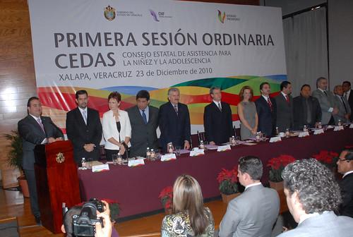 El gobernador Javier Duarte de Ochoa asistió a la Primera Sesión Ordinaria del Consejo Estatal de Asistencia para la Niñez y la Adolescencia (CEDAS) y toma de Protesta de Ley a sus integrantes.