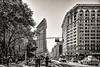 Flatiron Building (Lucille-bs) Tags: amérique etatsunis usa newyork nyc sépia 5thavenue broadway rue city flatiron architecture building immeuble circulation voiture taxi