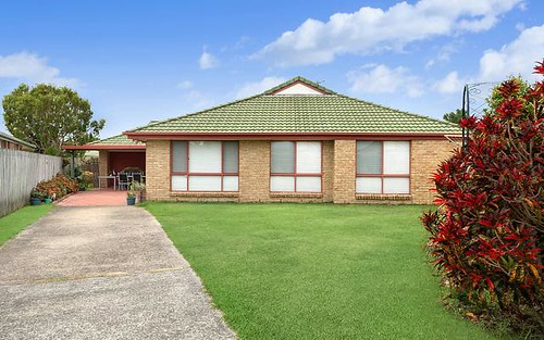 35 Birkdale Court, Banora Point NSW 2486