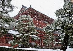 Snowy Gate / Kyoto Daitokuji temple Sanmon Gate (maco-nonch★R(on/off)) Tags: kyoto daitokuji gate snowy snowfall cold 大徳寺 京都 雪 大雪