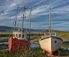 Old Boats (Philip Kuntz) Tags: boats fishingboats oldboats homerspit homer alaska