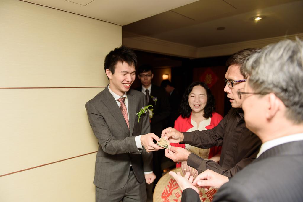 wedding day,婚攝小勇,台北婚攝,晶華,台北國賓,台北國賓婚宴 ,愛瑞思,Miko,新秘,-010
