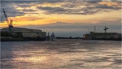 1204-OTRO ATARDECER EN VEGESACK (--MARCO POLO--) Tags: atardeceres ríos rincones ocasos