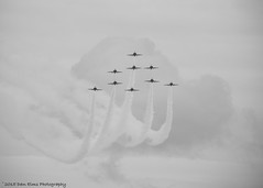 RAF Red Arrows, Clacton Airshow 2015 (Dan Elms Photography) Tags: uk canon airplane aircraft aviation airshow canondslr clacton redarrows raf canon100400l clactonairshow canon600d canoneos600d danelms talldan76 danelmsphotography ukairshow2015