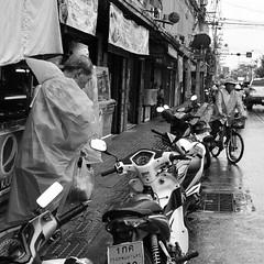 Rainscape at Toet Thai Rd. (kawabek) Tags: street rain thailand bangkok motorcycle 道路 タイ 雨 オートバイ バイク バンコク ストリート thaibike タイバイク