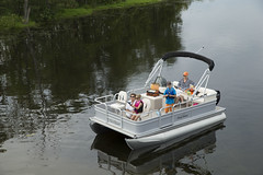 Sunchaser 16 Oasis Fish Pontoon Boat (thebestboatbrands) Tags: pontoon 2014 2016 2015 816 sunchaser oasisfish