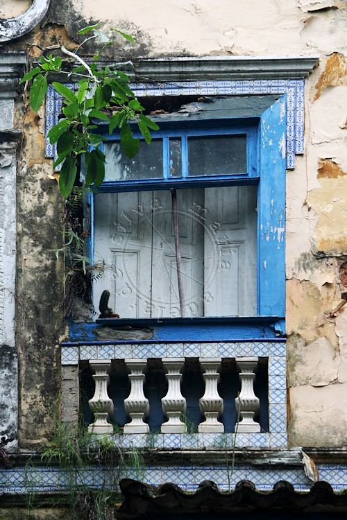 The world 39 s best photos of azulejos and janela flickr for Feba fenster