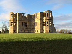 Lyveden in the sun (dark_dave25) Tags: new november cold sunny national trust sloes 2015 lyveden bield