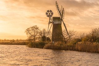 Turf Fen windmill, How Hill, Norfolk, UK (7)