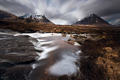Etive River (Tony N.) Tags: longexposure bw snow mountains clouds river t scotland highlands rocks europe rivière peat waterfalls glencoe neige nuages cascade buachaille vanguard montagnes etive glenetive ecosse buachailleetivemor poselongue tourbe d810 nd110 bwnd110 nikkor1635f4