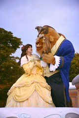 Beauty and the Beast float / Disney Christmas Stories parade / Tokyo Disneyland #TDL (haphopper) Tags: 2016 tdr tokyodisneyresort tdl disney disneyland tokyodisneyland winter christmasfantasy christmas xmas parade paradefloat paraderoute entertainment themepark ディズニー ディズニーランド 東京ディズニーリゾート 東京ディズニーランド テーマパーク ショー パレード クリスマス costume dancers performers performance disneychristmasstories beautyandthebeast 野獣 belle princess prince princessprince