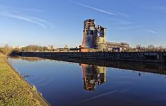 River reflections (Raptor996) Tags: wallerscoteisland ici riverweaver cheshire nikon d7200 nikonsigma raw dxoopticspro10elite sigma1750f28lens england handheld