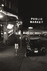 Pike Place (nroclaniffirg) Tags: seattle seattleanalog film analog 35mm monochrome blackandwhite bw trix kodak pushedfilm rodinal blazinal urban downtown downtownseattle pikeplace publicmarket