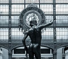 Musée d'Orsay - David (jeanfenechpictures) Tags: musée museum muséedorsay orsay paris iledefrance france région statue sculpture sculptor sculpteur horloge clock artwork art artiste artist europe monochrome noiretblanc blackandwhite bronze