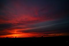 ROJO ATARDECER (ameliapardo) Tags: puestasdesol naturaleza cielo rojo andalucia sevilla españa nubes