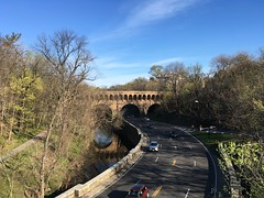 Curve of Rock Creek Parkway and Dumbarton Bridge (Q Street NW), Washington, D.C. (Paul McClure DC) Tags: washingtondc districtofcolumbia architecture apr2017 scenery georgetown dupontcircle historic springtime
