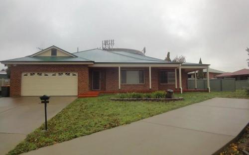 6 Tinnock Place, Bletchington NSW