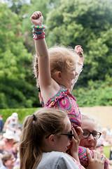 2015_CarolynWhite_Friday (61) (Larmer Tree) Tags: day child audience friday 2015 handsintheair mainlawn carolynwhite