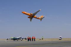 Mango B737 800 (Indavar) Tags: plane airplane airshow chipmunk mustang albatros rand beech at6 radial an2 p51 l39 antonov dc4 dhc1 beech18 t28trojan b378