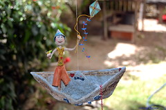 Amir, paper sailor! (* Cludia Helena * brincadeira de papel *) Tags: ocean sea brazil baby love brasil cores children boat mar barco child play amor amir beb quarto criana sailor decorao cor pipa papagaio brincadeira papermache barquinho marinheiro papiermach papelmach cludiahelena