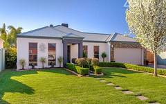 43 Robbins Drive, East Albury NSW