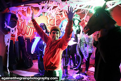 hallowscream19 (Against The Grain Photography) Tags: devoleb secret light hallowscream shadow image bat city productions againstthegrainphotography halloween slims last chance saloon